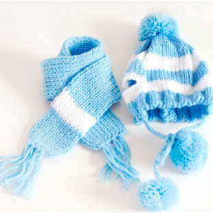 Bonnet et écharpe bleu